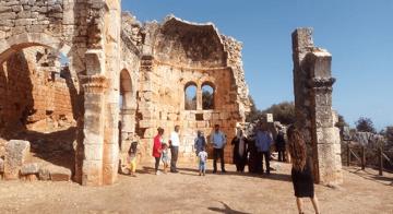 Turizmcilerden İhtiyaç Sahibi Ailelere Anlamlı Destek
