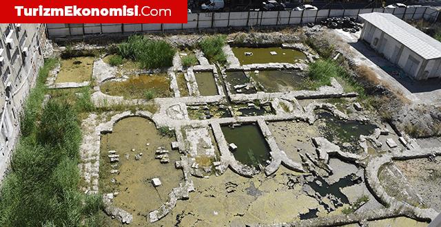 İzmir'deki tarihi Roma hamamı ziyarete açılacak