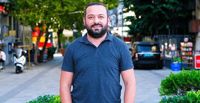 """Emrah Demir: """"Yabancı uyruklu kişiler, belgesiz acenta hizmeti veriyor ve seyehat acentalarından daha fazla ciro yapıyor"""""""