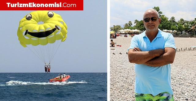 Tatilciler, Parasailing heyecanıyla tatillerini tamamlıyor